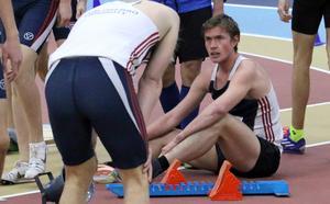 Martin Regborn pustar ut efter personliga rekordet på 1 000 meter.