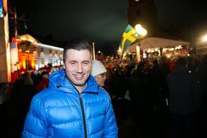 Förre skidstjärnan Per Elofsson, fanns på plats på torget för att hylla Johan Olsson.