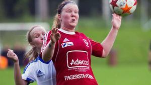 Lotta Nurmilehto är en av de mest målfarliga spelarna i Västanfors.