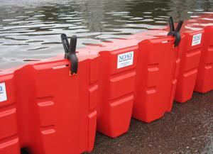 Boxvallen är ett översvämningsskydd som är lätt att frakta och montera ihop.