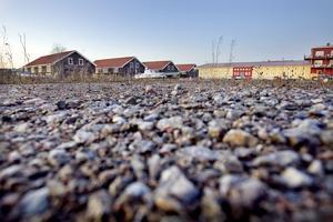 Det finns plats på Varvet att bygga på, men frågan är om marken går att använda till bostäder.