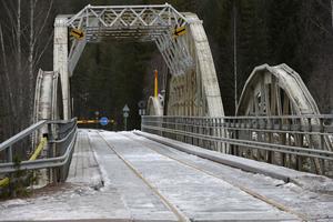 Oxbergsbron är avstängd för trafik, men kommer att fungera som gångbro i samband med Vasalopepts kortare lopp som startare i Oxberg.