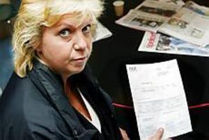Foto: LASSE HALVARSSON Varnar för bluffmakare. Gunilla Karlsson på kommunhälsan i Gävle kommun vill varna för FKR Internet AB. Företaget har skickat en faktura på ett årsabonnemang av företagssidorna på internet. Något kommunhälsan aldrig har beställt.