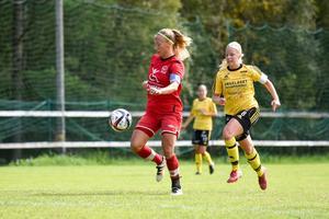 Lagkaptenen Sara Jensen stod för två mål i dagens match.