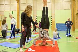 Matilda Bäck från Sveg tränar upp och ner.