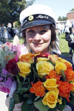 Louise Emretsson som har gått Mediaprogrammet tycker att det är skönt att ha slutat gymnasiet.