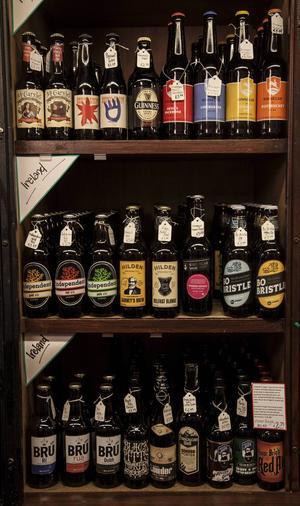 Lokala mikrobryggerier håller nu på att slå stort i Irland - så man hittar mer än Guinness och blaskig amerikansk lager på allt fler barer och pubar.