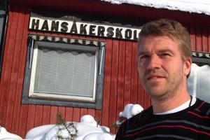 Tommy Lundqvist, Hansåkerskolans rektor i Stugun, går inte med på att skolans lärare är inkompetenta. Foto: Ingvar Ericsson