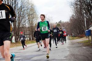 Årets upplaga av Vattudalsloppet lockade rekordmånga löpare, 160 stycken. Trångsvikens Lars Svensson blev bäste jämte på maran med en tredje plats.