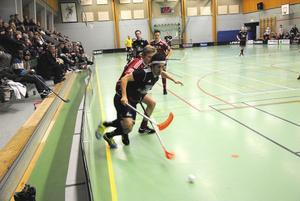 Hassan Hajo och Alfta Ibndians jagade förgäves i lördagens hemmamatch mot Björklinge.