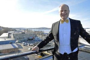 Örnsköldviksföretagaren Nicklas Nyberg köper Vivstavarv.