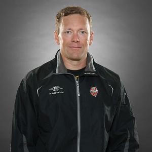 Assisterande Modotränaren Jan-Axel Alavaara har huvudansvaret för försvarsspelet.