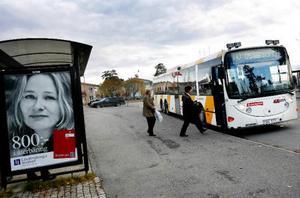 För att nå målet med en fördubbling av resandet med bussar fram till 2012 satsar nu Länstrafiken i Jämtland på gratis internet för sina resande.