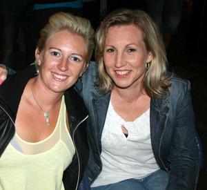 Sjökrogen. Karin och Lisa