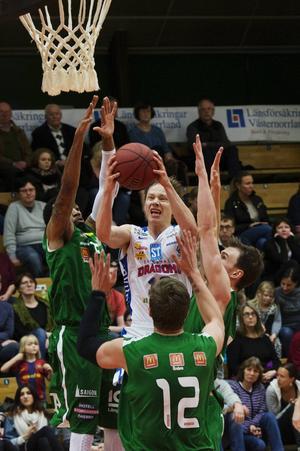 Jakob Sigurdarson fick skyttet att lossna mot Örebro.