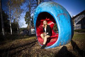 Under måndagen föreläste Josefin Hallström för högstadieeleverna vid friskolan Vintergatan i Ljusdal. Det var andra gången hon besökte skolan i år och det var eleverna som önskade få höra henne igen.