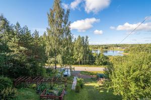 Utsikt ner till sjön Snyten.