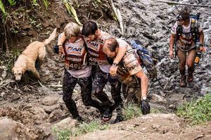 VM i Ecuador 2014. I Adventure racing tävlar man ofta i lag om fyra och team work är en förutsättning för framgång.