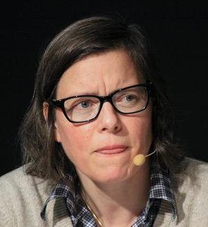 """I höst ger Lena Andersson ut uppföljaren till sin Augustbelönade roman """"Egenmäktigt förfarande"""", Ester är tillbaka och hon har inget lärt."""