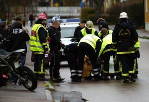 Påkörd moped i Gylle. Foto: Mikael Hellsten