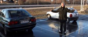 Lasse Degerfeldt undrar vem som stjäl hans bil - om och om igen...