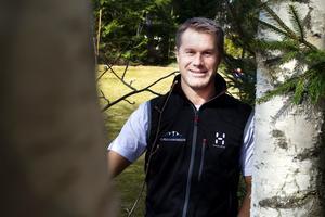 Jonas Sundquist är hemma igen i vårsolen i Höjersdal från resan till Nordpolen.