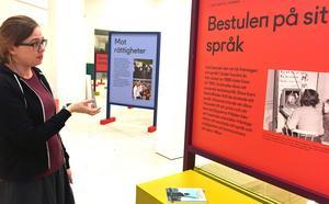 Under hundra års tid fick inte döva tala teckenspråk i Sverige.