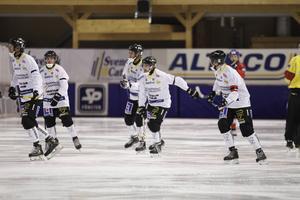 Säsongen 2014/15 vann Gripen (bilden) och IFK Kungälv sina kvalserier.