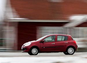 VW Tiguan är kort och hög med bra terrängegenskaper och en rejäl dragvikt.Billigaste etanolbilen i testen är Renault Clio.