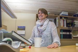 Inger Ottosson, Håkans lillasyster, äger den första husbåten som byggdes 1986.