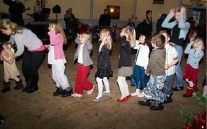 I Grängesparken sjöng barnen Små grodorna, eller om det möjligen var elefanterna med stora öron.FOTO: OVE ANDERSSON