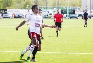 Kion King och Hudiksvalls FF har koll på det mesta hemma på Glysis.