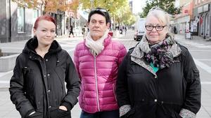 Många är oroliga över våldsbrotten i Avesta. Nu vill flera få till ett offentligt medborgarmöte med kommun och polis. Tre av dem är Rebecca Larsson, Christina Andersson och Gunilla Pettersson.
