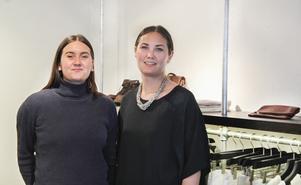 Amanda och Olivia Stenberg.