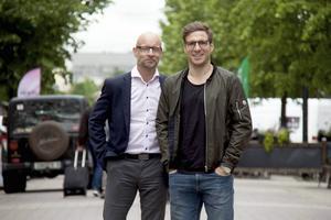 Jan Jutbo tillsammans med Alexander Steen.