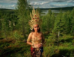 Thailändskan Thitaree i samband med en tempelceremoni i Fredrika 2008. Foto: Elin Berge