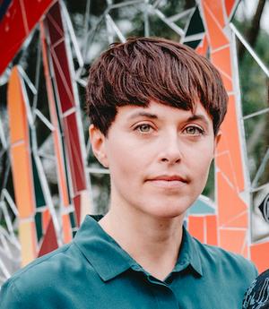 Johanna Palmström har djupdykt i barnmorskornas historia i Sverige.