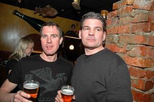 Harrys. Ola Gustavsson och Andy.