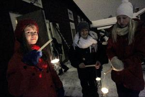 Elsa Fureman, Josefin Westling och Moa Printz har precis kommit in på området.