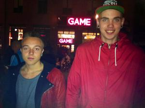 Kevin Palm och Tobias Sandsjoe.