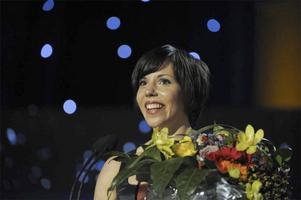 Charlotte Kalla vann Jerringpriset på idrottsgalan 2009 i Globen Arena i Stockholm på måndagskvällen.