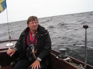 Björn Geijer har seglat i den norra skärgården i 30 år. Nu har han, tillsammans med Peter Bergström, Anders Hellberg och Kerstin Benckert, gjort boken