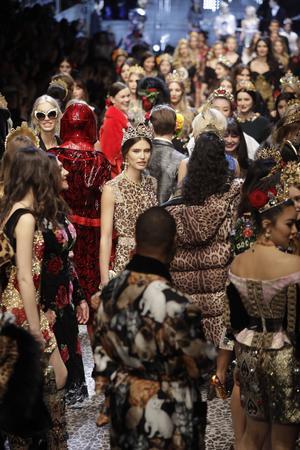 Fest på catwalken hos Dolce&Gabbana.