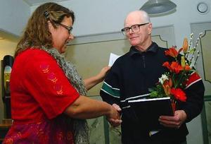 Bengt Bengtsson, som i nästan 50 år bidragit stort till att Mörsil-Mattmarbygden spottat ut pingistalanger på löpande band, fick årets ungdomsledarstipendium.
