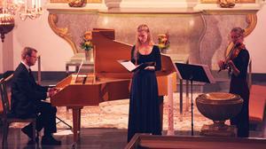 Trio d'Armonia består av Mika Lidén, Linnea Pettersson och Anna Risberg. Tillsammans framförde de en gripande och vacker konsert i Sollefteå Kyrka under lördagskvällen.