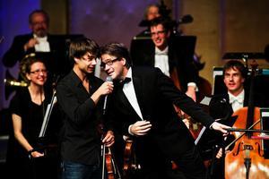 Kammarorkestern firade 20 år med en härlig jubileumsföreställning. Bland gästerna fanns schlagervinnaren Alexander Rybak och nycirkusartister.