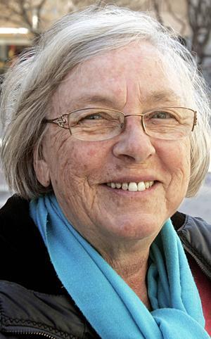 Irja Rooke, 71 år, Östersund:   – Nej, men mot många andra småpartiklar. Jag är allergisk mot grusdamm och avgaser. Jag medicinerar och så får jag ha halsduk över munnen.