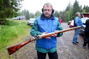 Lars Hagman har haft den välbevarade antika bössan i ett tiotal år.