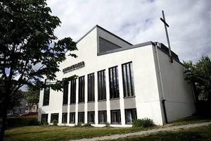 Baptistkyrkan är på väg att gå samman med Tullportskyrkan och samarbetar också med Missionskyrkan.