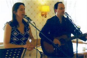 Duo Bergner underhöll med bland annat countrymusik.